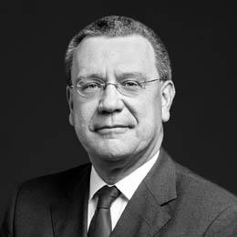 Dr. Ralf Nowak