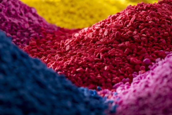 IQAP PolyOne colourants image