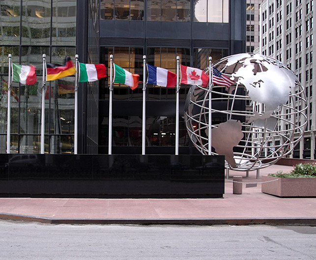 Globe in front of Willis Tower, Chicago