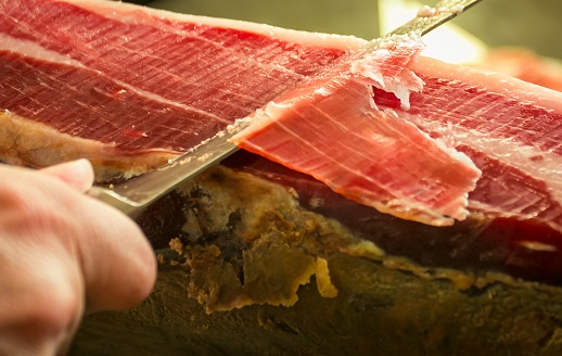 Livingstone has advised the Osborne Group on the sale of its Jabugo (Huelva) ham-curing facility to Incarlopsa