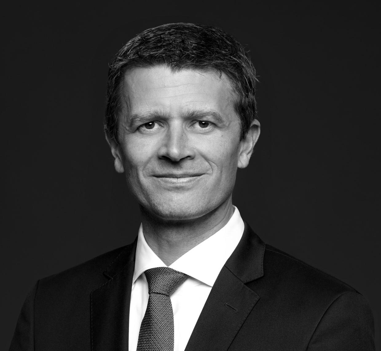 Dr. Roland Schulz
